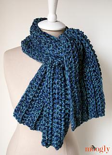 Big-rib-scarf-tied_small2