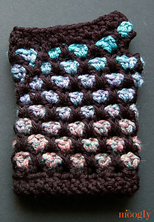 Moroccan-midnight-fingerless-mitts-individual_small2