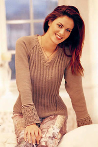 Пуловер резинкою