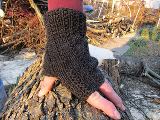 Charcoal_mitts_small2