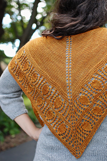 Granary_shawl_1_small2