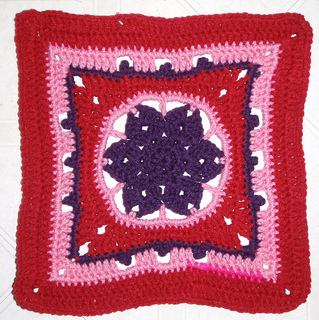 Dec_2009_-_ravelry_-_falling_star_square_small2