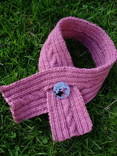 Rosefetchingscarf_small2