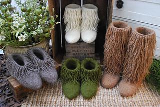 Moonkoosa_boots_small2