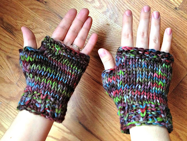 tunisian crochet fingerless mitts pattern