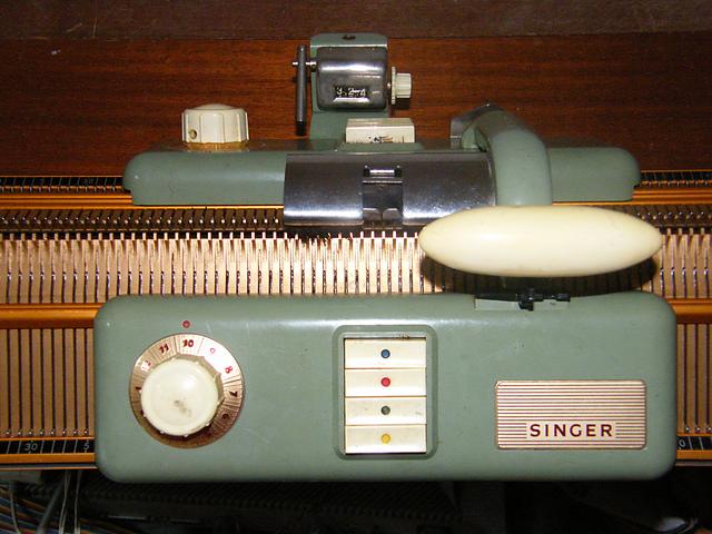 tricoter avec une machine