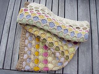 Honeycomb_hood_folded_small2