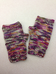 Ravelry: Bulky Fingerless Gloves on 2 Straights pattern by ...