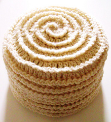 Barbara_summers_crochet_beehive_beanie3_small