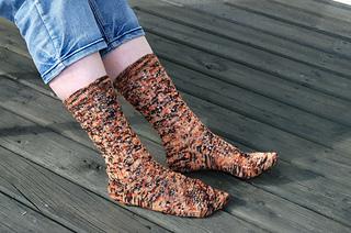 Rumple_socks_1_small2