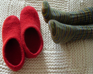 Shoes_plus_feet_w640_small2