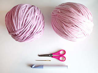 Crochet-rug_ms_supplies_small2