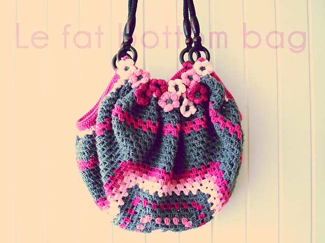 Free Crochet Pattern Fat Bottom Bag : Purple Chair Crochet: Fat Bottom Bag (WIP)