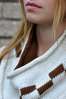 Am_classic_double_knit_checkerboard_cowl_2_grande_small2