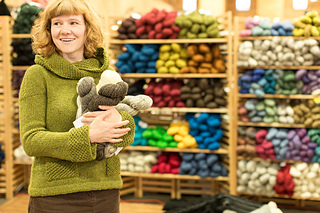 Rhinebeck_sweater-52_small2