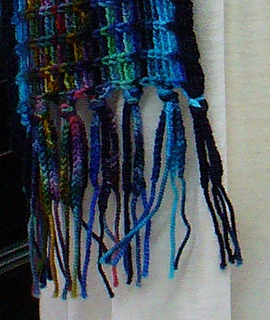 Chained_fringe_detail_small2