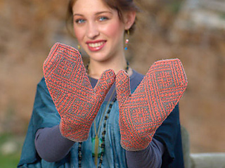 Madalina_mittens_small2